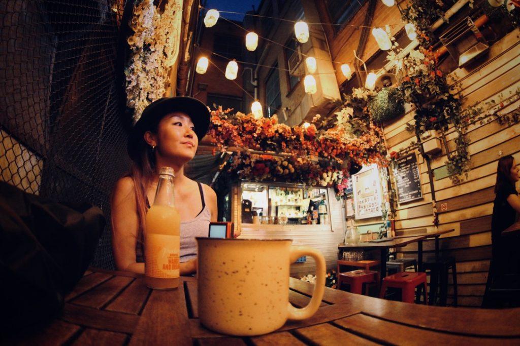 メルボルンのオシャレなカフェ バー,