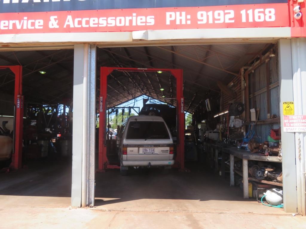 オーストラリアで車の修理