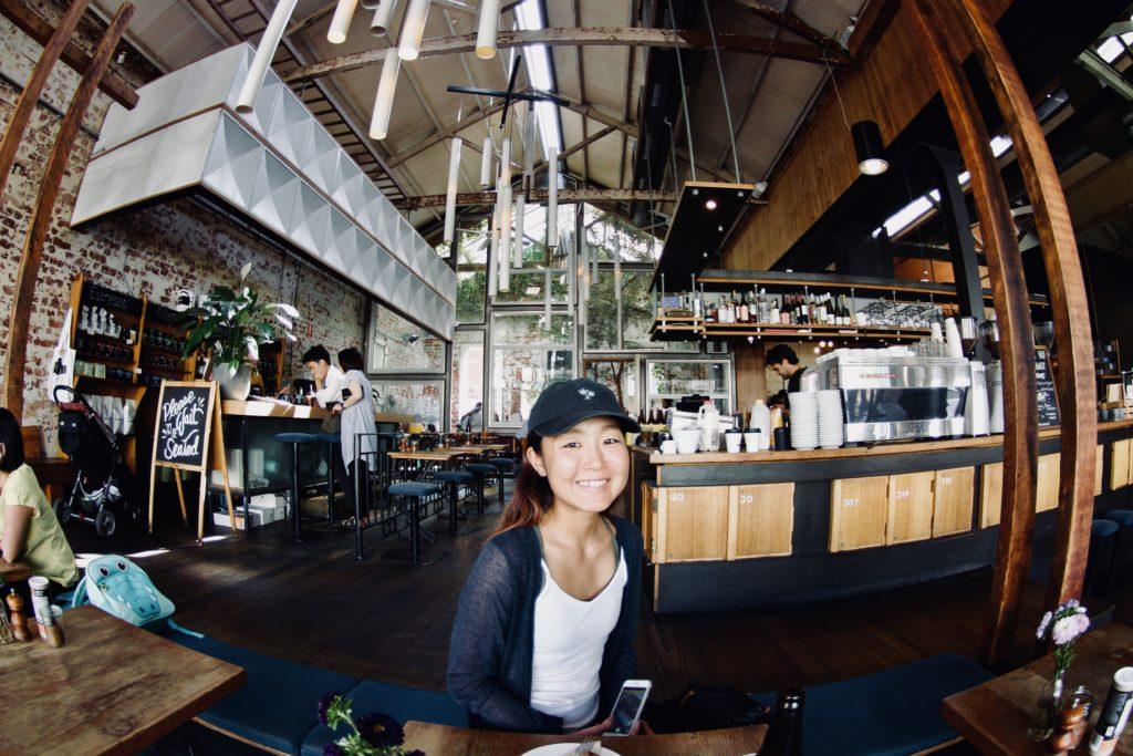 メルボルンのカフェ,オークションルーム