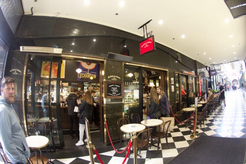 メルボルンのカフェ,トルタ