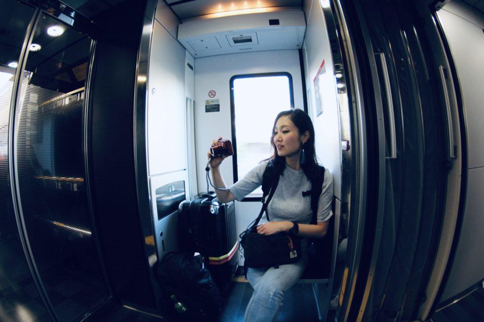 旅行の電車の中