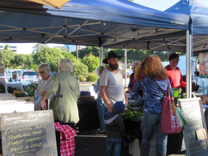 Bundall Farmer's Market(バンドール・ファーマーズ・マーケット)