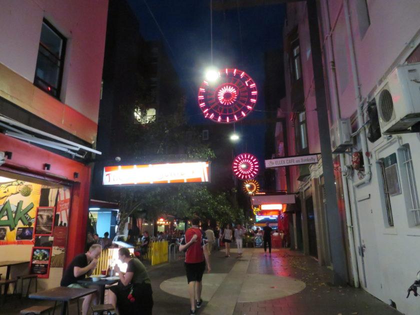 シドニーの夜の街並み