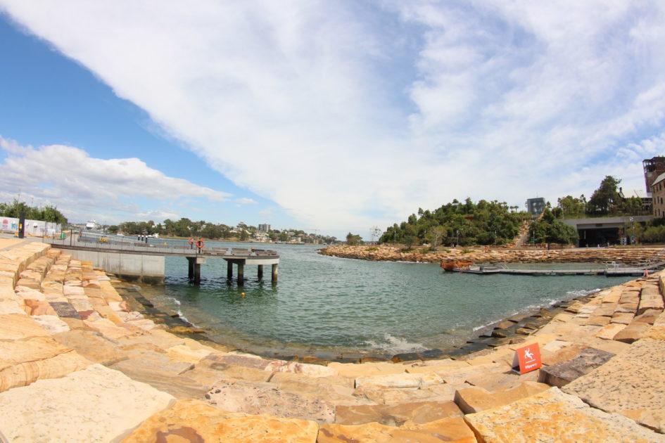 シドニーの海沿い